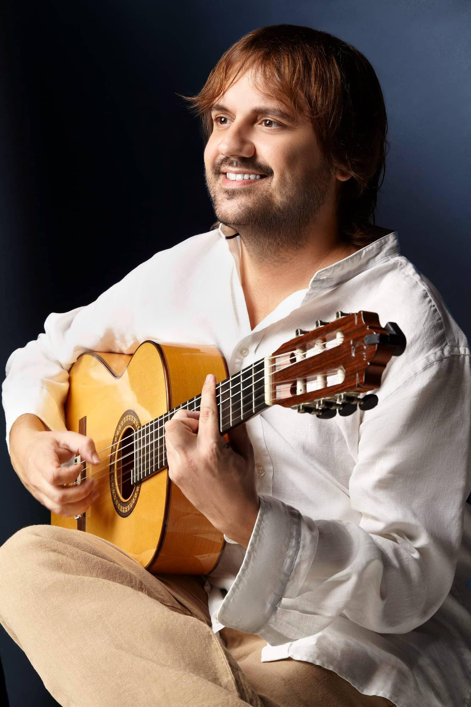 Mauri Gomez Spanish Guitar