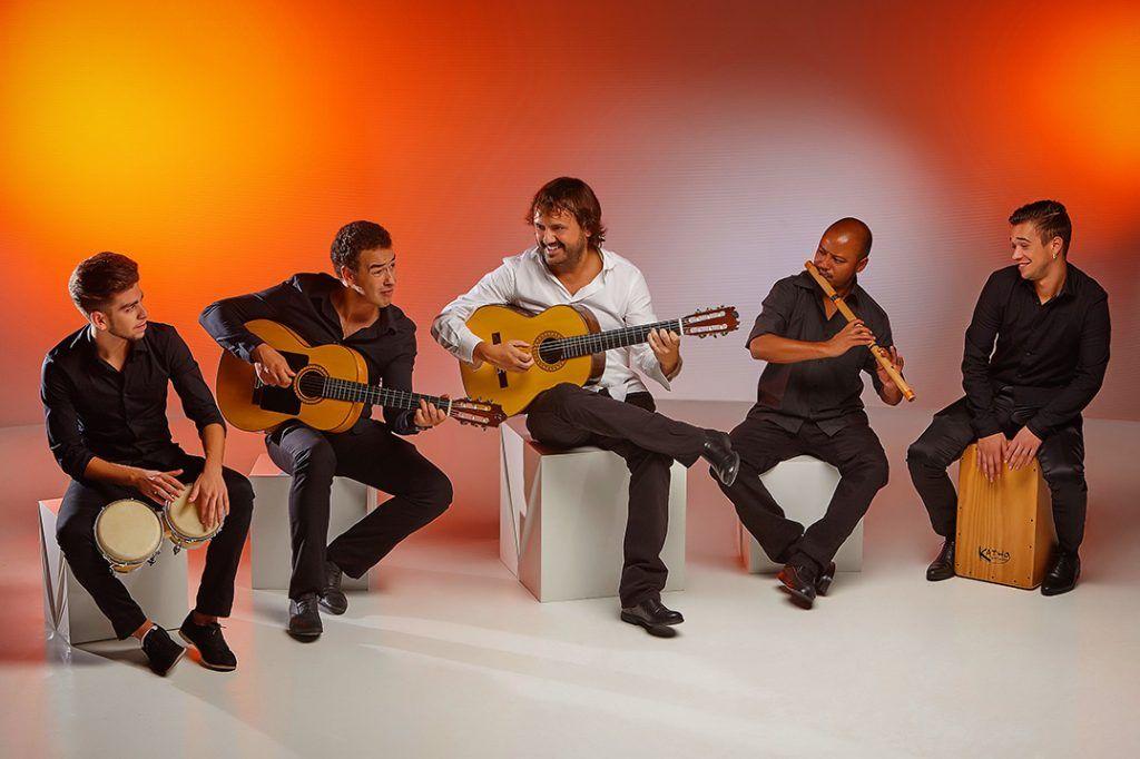 Mauri Gomez guitar